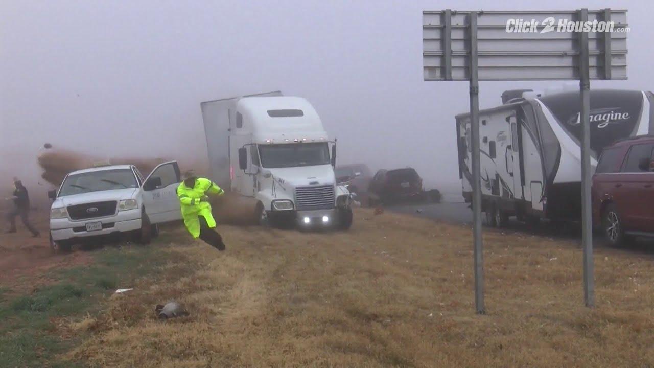 VIDEO: VÄGA julm - rekka kihutab täie hooga sõiduautodesse