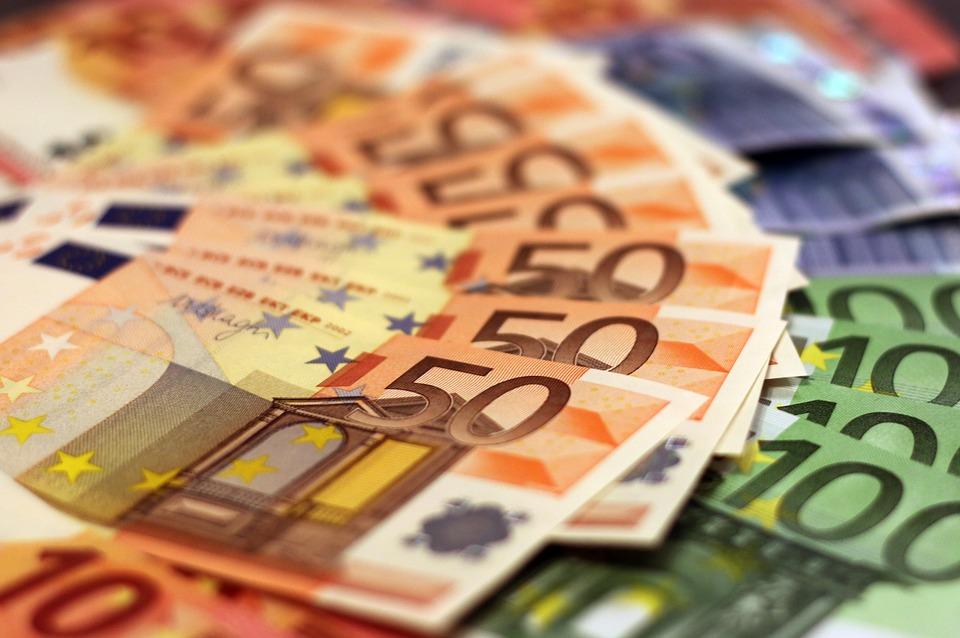ANNA OMA HÄÄL: Kas sina võtad pärast pensionireformi väljakuulutamist oma pensioniraha välja või ei võta?