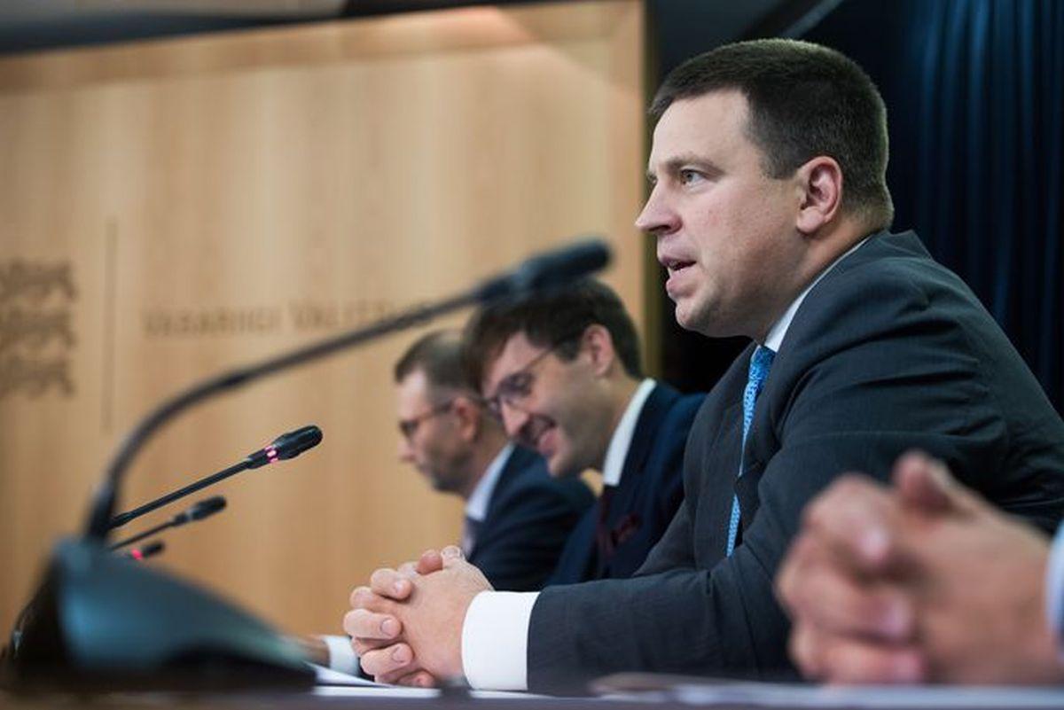 Valitsus võtab maanteede neljarealiseks ehitamiseks 1,5 miljardit eurot laenu Raplamaa elanikult