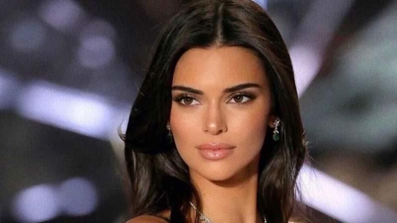 FOTOD: Alaealistele keelatud – Kendall Jenneri kleit on nagu õhk, paljastades naise strateegilised kehaosad täielikult