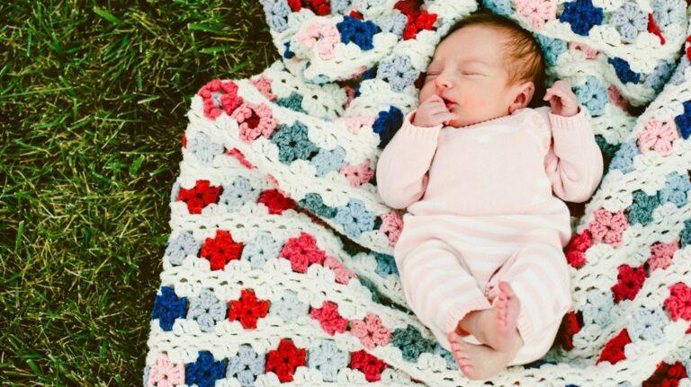 13-aastane neiu jäi oma isast rasedaks ning sünnitas lapse