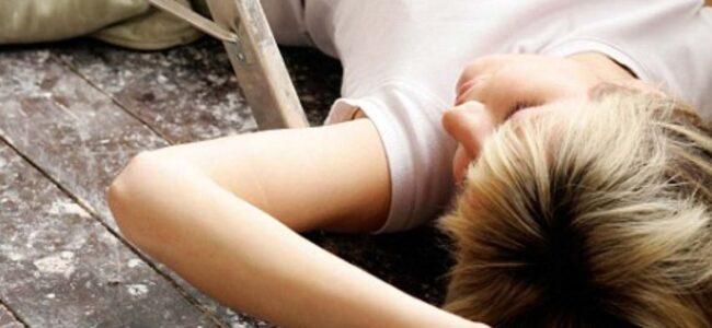 Naine avas peale oma mehe matuseid mailboksi… ja nägi seal midagi, mille peale ta minestas!
