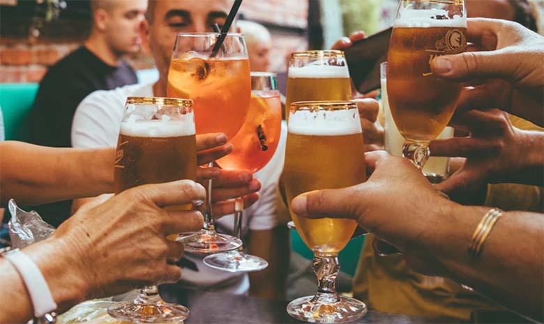 Valitsus kinnitas erakorralisel istungil alkoholimüügi keelu, kuid seda leebemal kujul