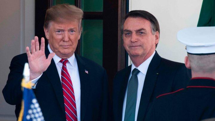 Brasiilia presidendil kahtlustatakse koroonaviirust – ta kohtus alles USA presidendi Donald Trumpiga