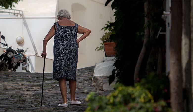 Lapselaps rääkis vanaemale, et abikaasa petab teda. Siis aga soovitas vanaema SEDA….
