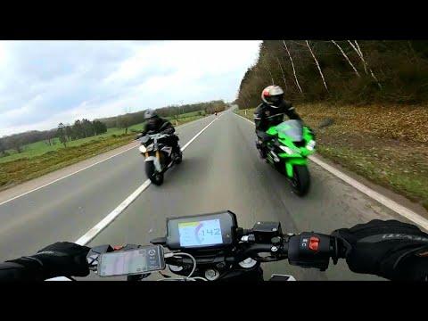 VIDEO: Täitsa lõpp - vaata, mis selle mootorratturiga juhtub. Nõrganärvilistele ei soovita.