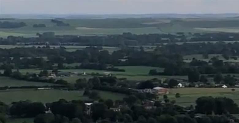 LIVE VIDEO: Inglismaal on näha mitme tunni vältel UFO-sid