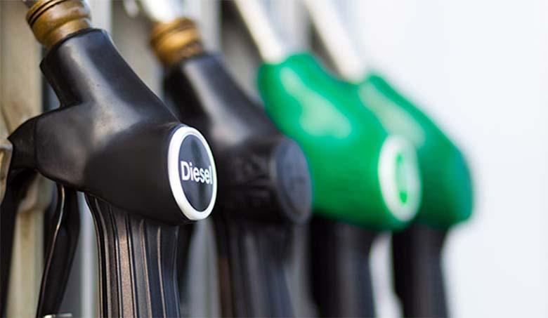 VIDEO | Üks lihtne põhjus, miks sa pidevalt põleva kütusetulega sõita ei tohiks