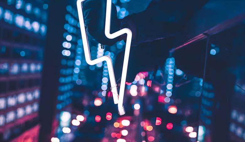 JEEE – Uuri, kuidas täna öösel ja homme päeval Eestis tasuta elektrit saab