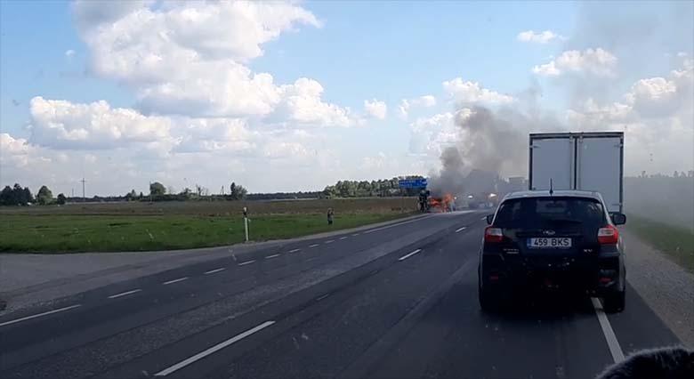 VIDEO: Kellegil läks väga halvasti –  vaata, mis  Tallinna-Pärnu maanteel toimus