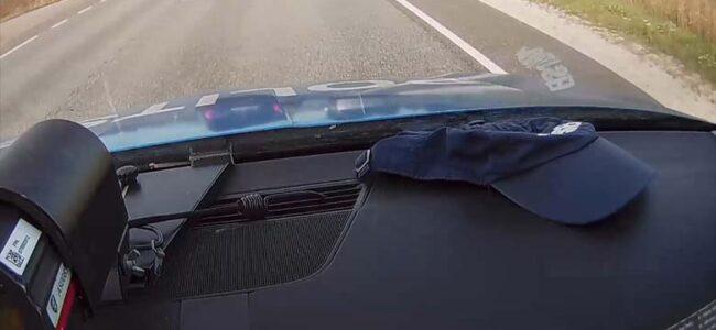 VIDEO: Vaata, millise avarii tegi politseiauto Narvas