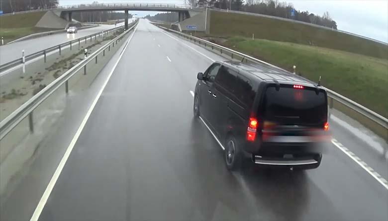 VIDEO: Tallinna ringteel julmalt liiklusraevutsenud mees sai korraliku karistuse