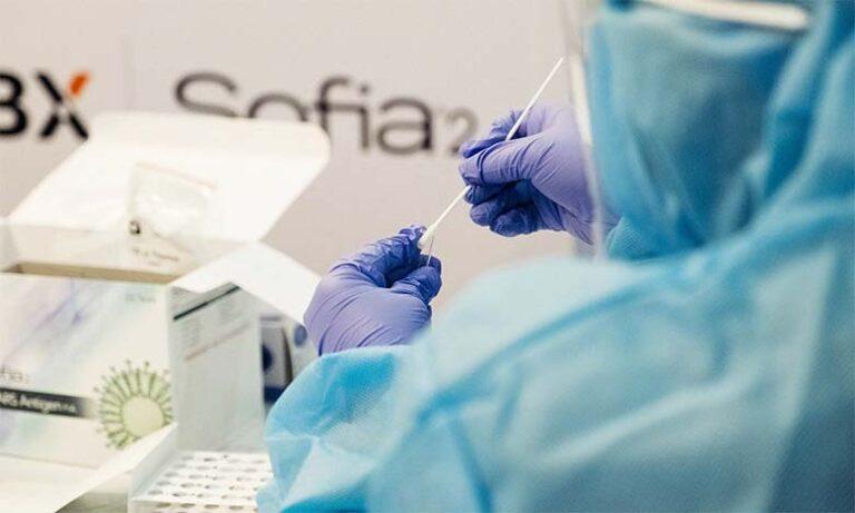 Koroonaviirusesse nakatunute arv ei taha kuidagi langeda – vaata, palju viimase ööpäevaga positiivseid teste lisandus