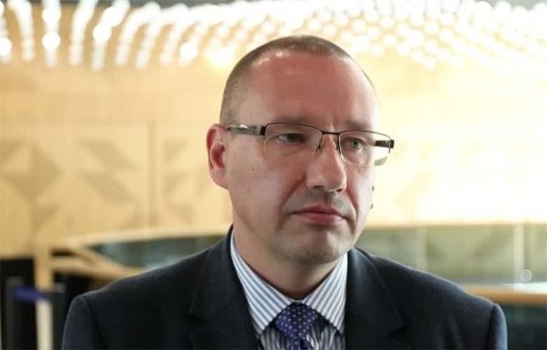 TÄHELEPANU! Dr Arkadi Popovi pühadesõnum seoses koroonaviirusega kõigile eestlastele