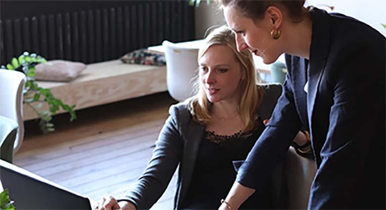 """Kaks naiskolleegi räägivad tööl: Riina: """"Oli sul eile ka hea seks?"""""""